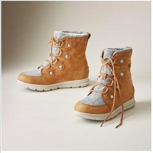 Sorel Joan Explorer Boots NEW